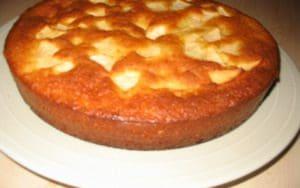 gateau-au-yaourt-et-aux-pommes