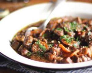 Ragoût de boeuf aux carottes et champignons